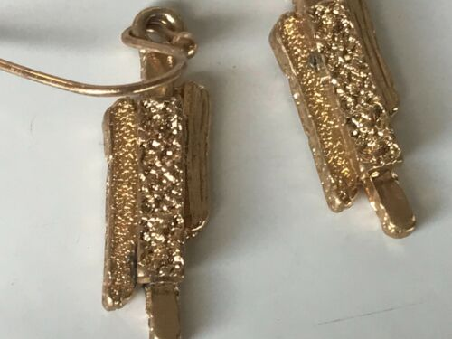 TELL YOUR TALE PRETTY GOLD TEXTURED ABSTRACT DROP DANGLE HOOK STATEMENT EARRINGS