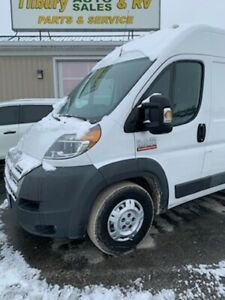 2015 Dodge Promaster 2500 High Roof in Great Shape!
