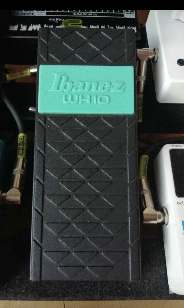 Ibanez Classic wah pedal WH10V3 Guitar FX Pedal - Boxed Excellent Cond.