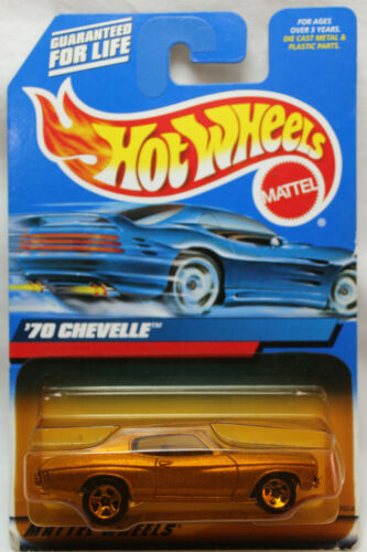 Hot Wheels 1:64 Scale 2000 Series /'70 CHEVELLE CHAMPAGNE