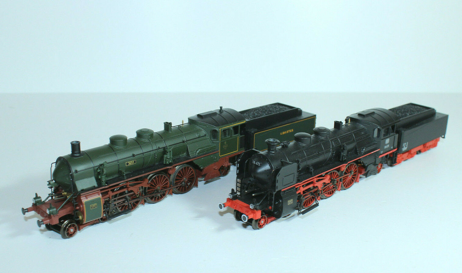 incredibili sconti marklin 37187 Set mit 2 Schlepptender-Dampflokomotiven    S 3 6  - NEU - RAR    vendita calda