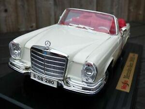 Mercedes-Benz-280-se-1966-Maisto-1-18-W111-Heckflosse-Cabrio-Convertible-Coche-de-juguete