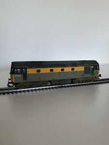 Lima-Class-33-208-Yellow-Grey-Steel-Weathered-amp-Excellent-Con-MOTOR-MISSING