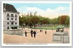 Annapolis-Maryland-US-Naval-Academy-Midshipmen-on-Steps-of-Bancroft-Hall-1920s