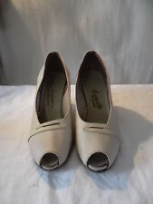 Chaussures vintage femme années 1950/60 taille 3 marque Marinette