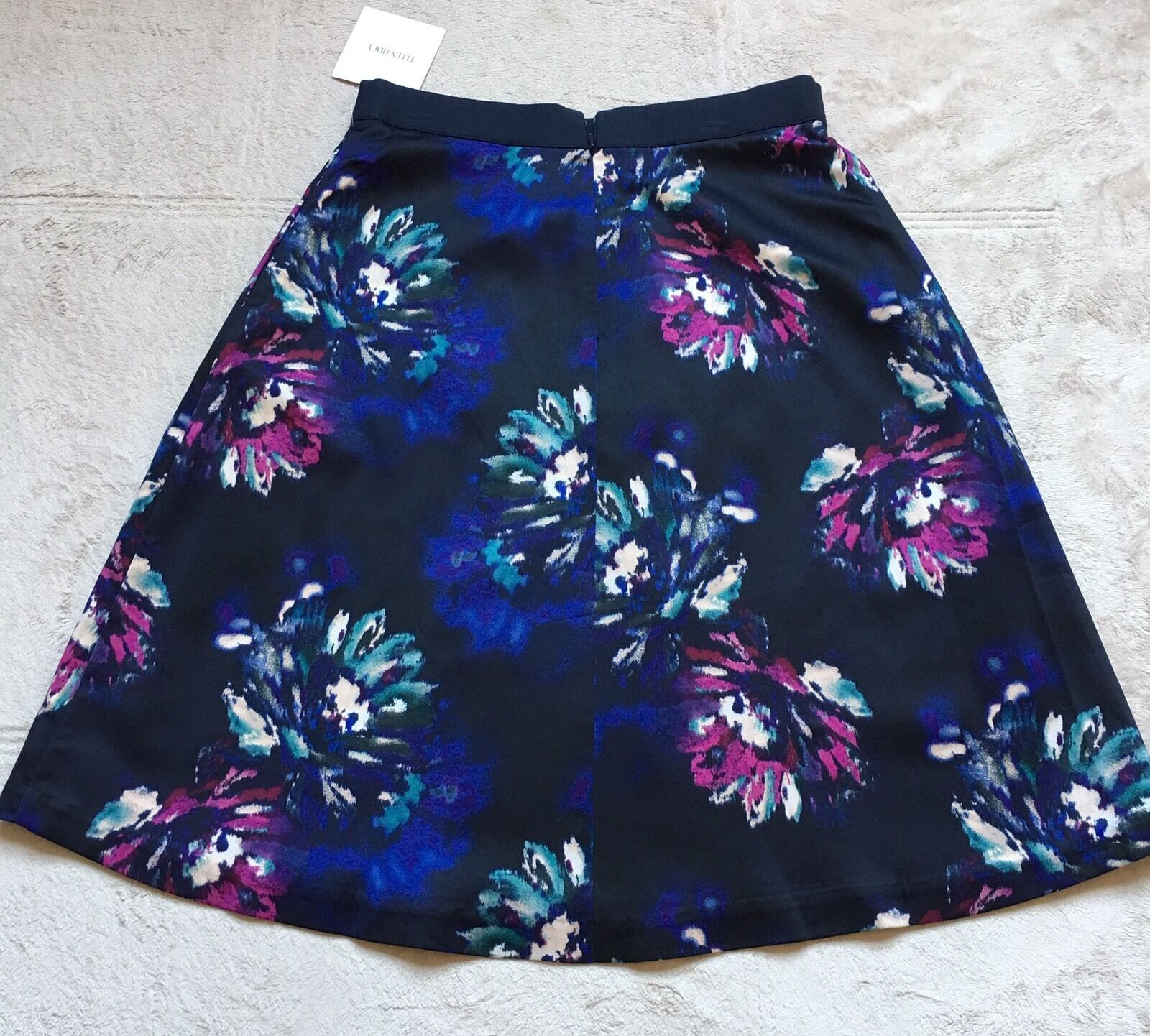 Ellen Tracy Women's Flare Skirt, Size 6, Navy bluee & Floral, Pleated Front, NWT