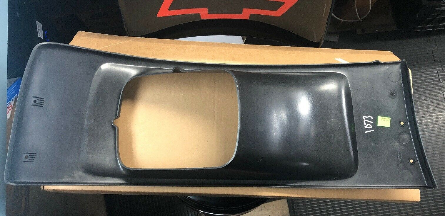 New Genuine GM 15015661 LH Headlamp Bezel 03-09 C4500 C5500 Topkick Kodiak Drive