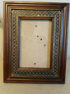 Ornate-Gold-Wood-Picture-Frame-Gesso-7-034-10-034-holds-4-034-6-034-photo