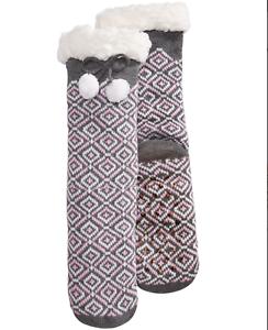 Charter-Club-Fleece-Gripper-Slipper-Socks-Gray-Pink-Geo-Pattern