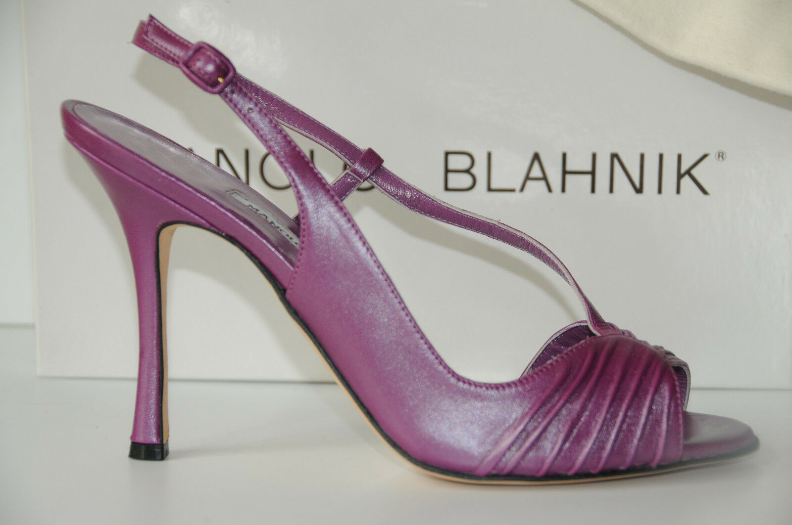 $925 New Manolo Blahnik Riccia Riccia Riccia 105 Purple Sheen  Leder schuhes Sandals 40.5 714534