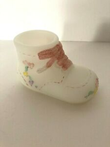 Fenton-Glass-Satin-Baby-Shoe-Boot-Pink-Laces-Colorful-Ribbons-of-Hearts-Signed