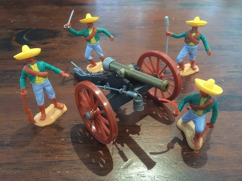 Timpo Mexican Army Canon Crew  - Alamo  Pancho Villa - 1970's