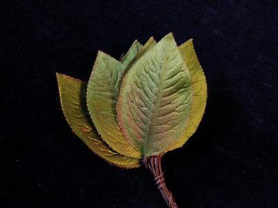 "Vtg Millinery Flower Leaf Shaded Green Satiny 2 3//4/"" Japan 12 stem Bunch Y271"