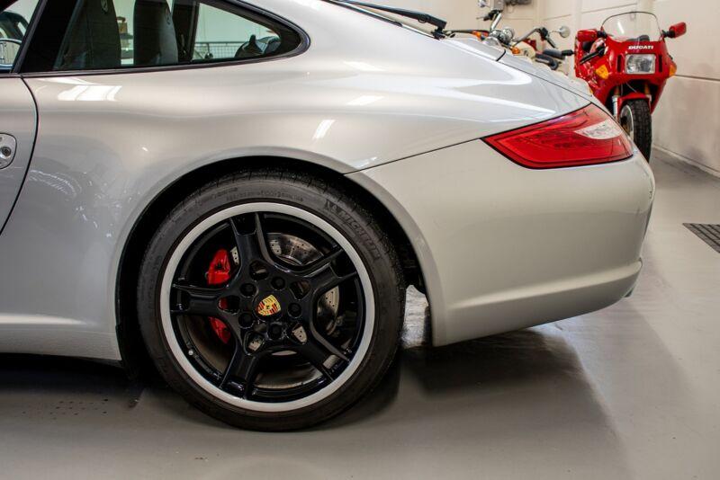 Porsche 911 Carrera S Coupé - 6