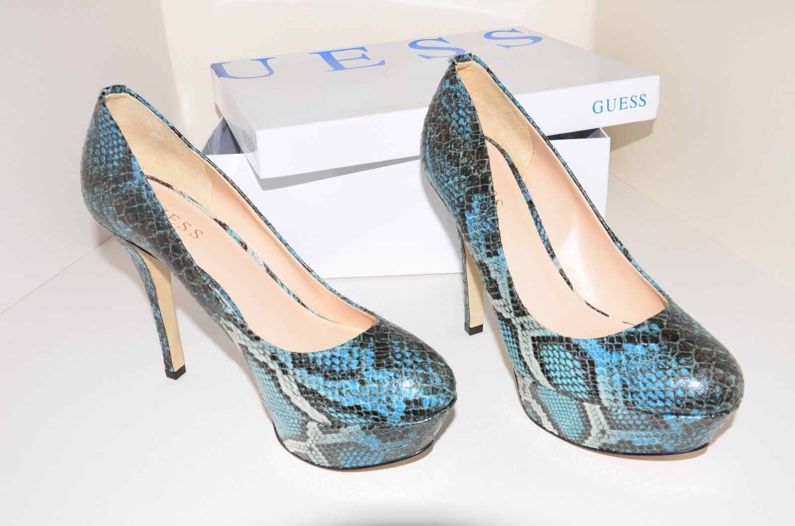 GUESS MARYSOL 2   DECOLLETE HEELS Größe UK 6 EU 39 AUTHENTIC NEW IN BOX