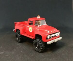 1954-Ford-F-100-4x4-Lifted-Custom-1-64-Diecast-Truck-Farm-Fire-Rescue-4WD-Mud
