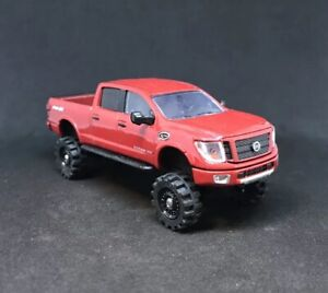 Lifted Nissan Titan >> Details About 2018 Nissan Titan Xd Lifted 4x4 Custom 1 64 Diecast Off Road Farm Truck Hauler