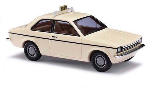 "pista h0 # nuevo en OVP # Busch 42109-Opel Kadett C /""taxi/"""