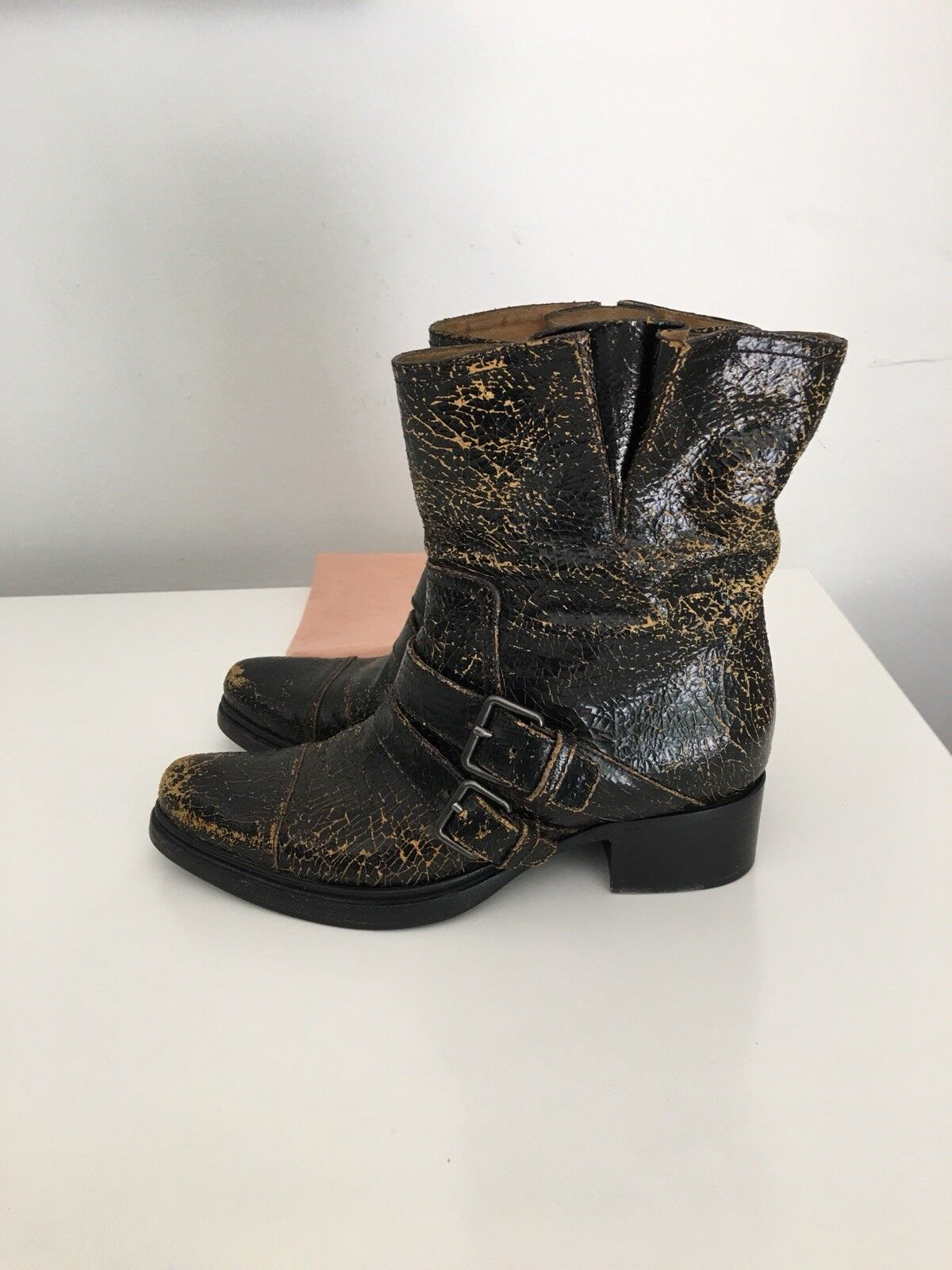 850 MIU MIU PRADA BEAUTY CRACKLED BLACK LEATHER BUCKLED BOOTS SIZE 38 ITALY