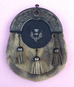 Neu-Komplettes-Kleid-Kilt-Felltasche-Seehund-Leder-Keltischer-Knoten-Antik