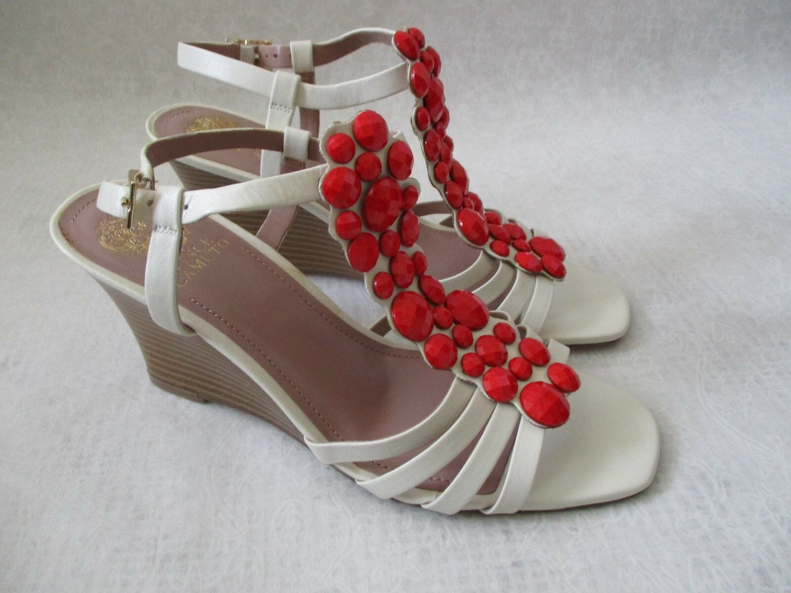 VINCE CAMUTO LEATHER WHITE ORLOV RED JEWELED WEDGE SHOES SIZE 8 M - NEW W BOX