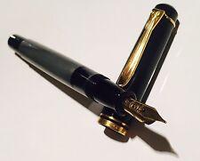 Penna Stilografica Fountain Pen Vintage PELIKAN M200 PEARL Nib M W-Germany