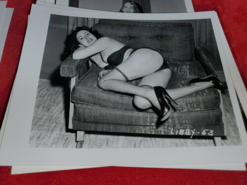 Details about  /4 X 5 ORIGINAL PIN UP PHOTO FROM IRVING KLAW ARCHIVES OF MODEL LIBBY LAMAR #53