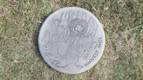 Harvest Mice Stepping Stone60 autres dessinsaffranchissement combine dans le panier