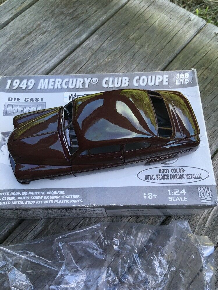 1949 Mercury Club Coupe Montaje Kit 1 24 Metal Die Cast por Jeb Ltd.
