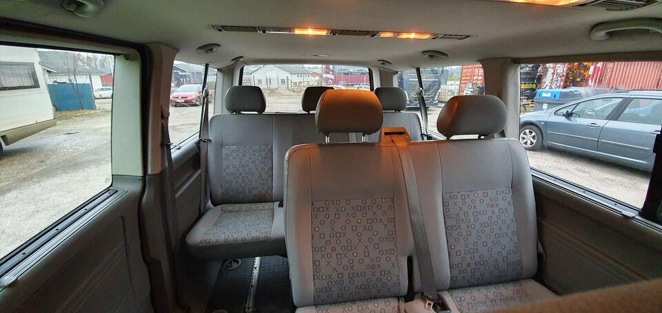 VW Shuttle, Diesel, 2004