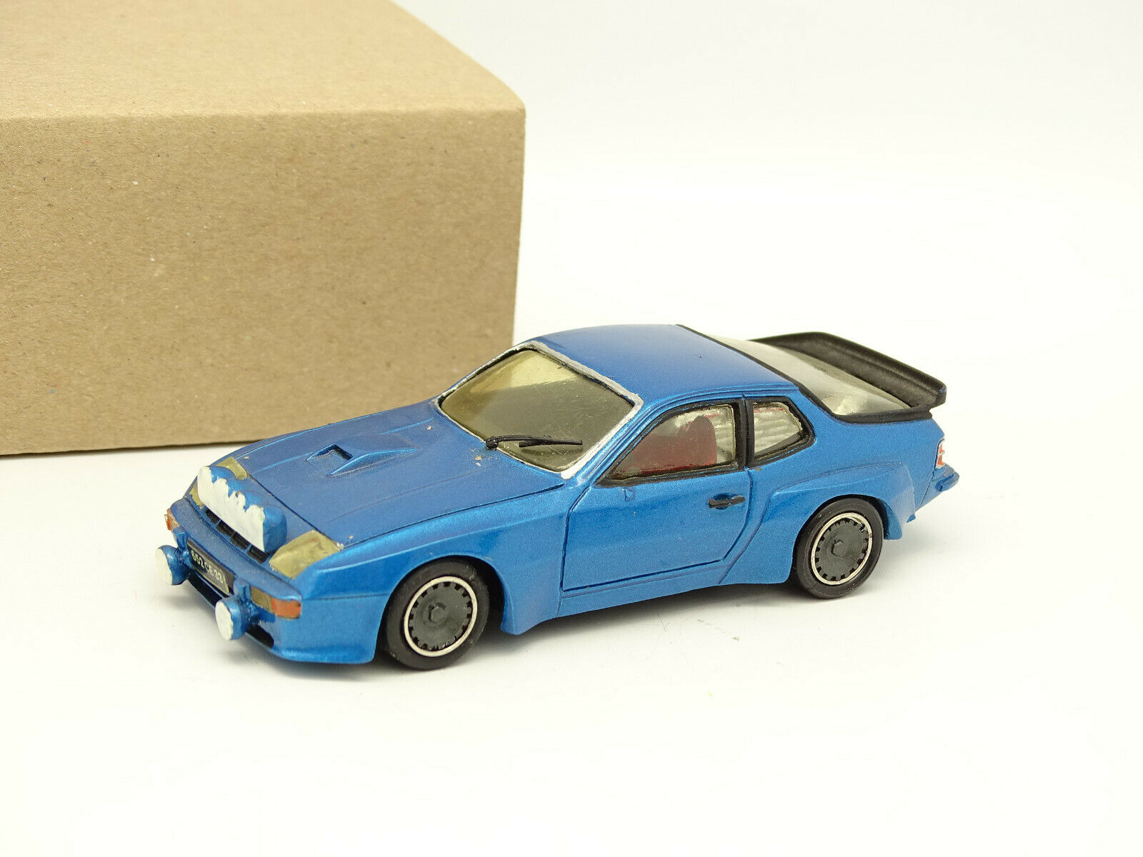 Record Set Built résine 1 43 - Porsche 924 Group 4 bluee