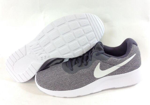 Womens Tanjun SE Running Shoes
