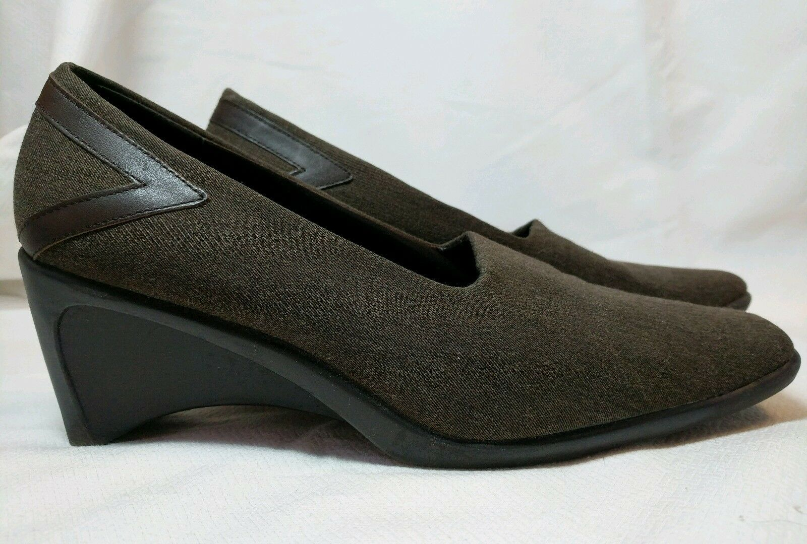 Moda Spana Brown Stretchy Fabric Wedge Accents Heel Size 8M Leather Accents Wedge Pumps Shoe 810a4e