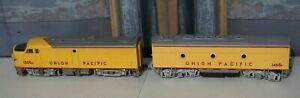 Athearn-Union-Pacific-1500A-Locomotive-Engine-HO-Scale-w-Dummy-Car-1468B