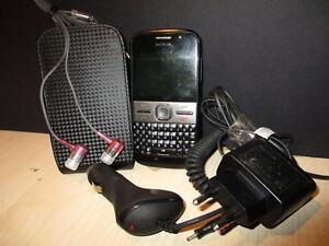 Telephone-Nokia-E5-00-Telephone-Nokia-E5-00