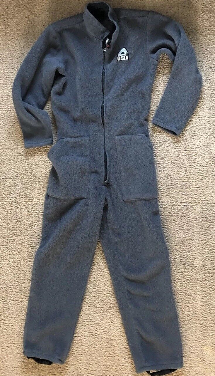 Usia Thermal  Base Layer Scuba Diving Suit Medium  with cheap price to get top brand