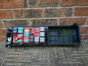 Ford E150 Engine Fuse Box Relay Junction Block 05-08 2005 ...