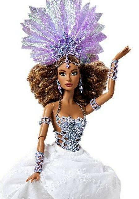 Barbie Global Glamour Luciana Brazillian Doll NIB HeadKleid