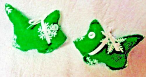 Scotty Scottie Dog Green Felt White Snowflakes White Ribbon Ornaments Set of Two