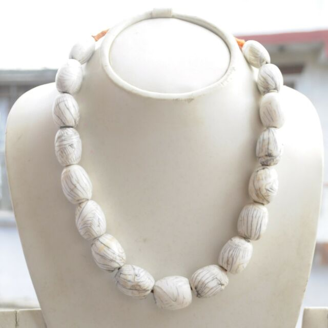 Conch Chank Shell Necklace 20