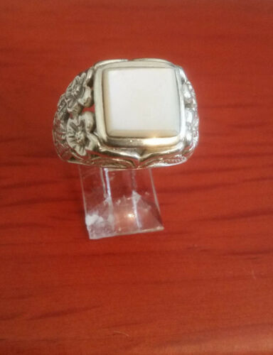 ARTISAN CRAFTED 92.5 STERLING SILVER FANCY MOTHER OF PEARL RING SIZE 8 - MEXICO