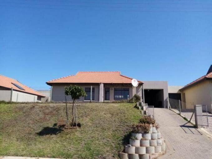 3 Bedroom with 2 Bathroom House For Sale Eastern Cape
