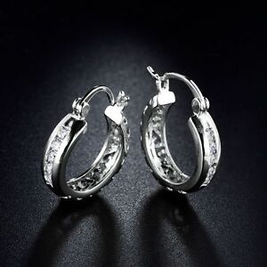 18K-White-Gold-Diamond-Hoop-Earrings-379