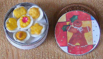 1:12 Scale Empty Round Biscuit Tin Dolls House Kitchen Food Cake Accessory Bt3