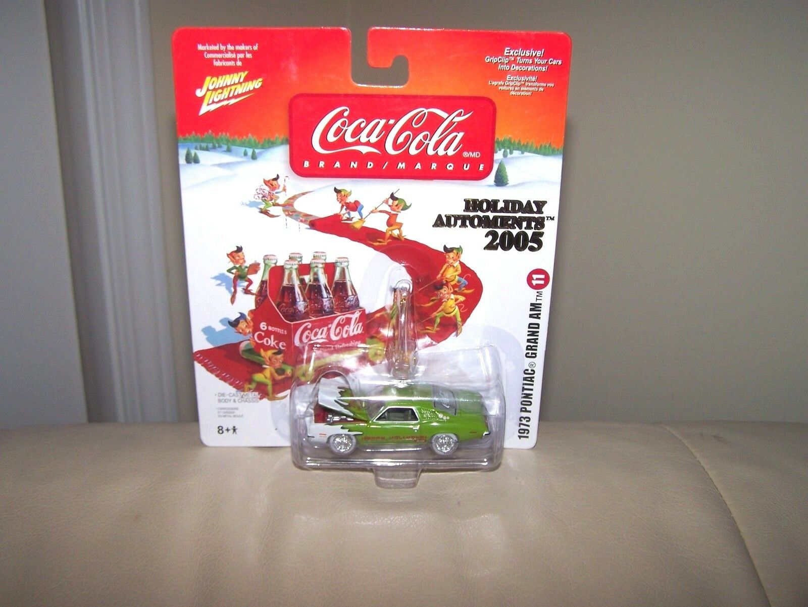 2005 JOHNNY blanc lumièreNING-Coca Cola -  11 -  1973 Pontiac Grand AM-Comme neuf IN BOX  belle