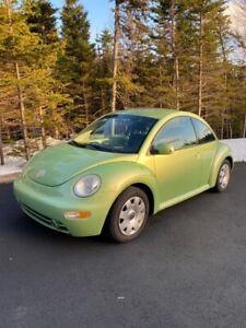 2003 Volkswagen New Beetle GREEN
