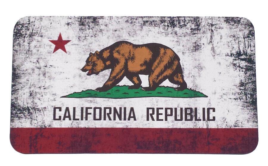 Yeti  Tundra 35qt Cooler Pad California State Flag  comfortably
