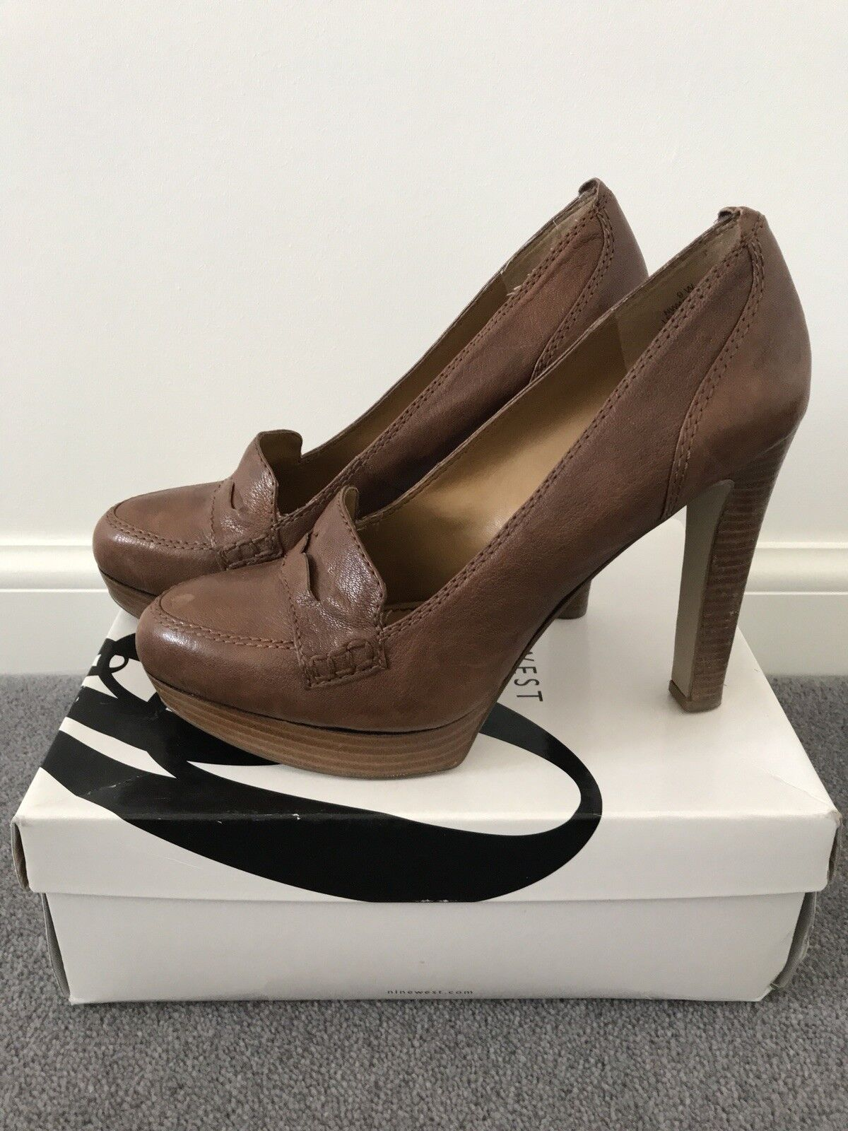 Nine . West Tan Leather Courts - RRP . Nine SUPERB Condition. UK7 -US9 fab63a