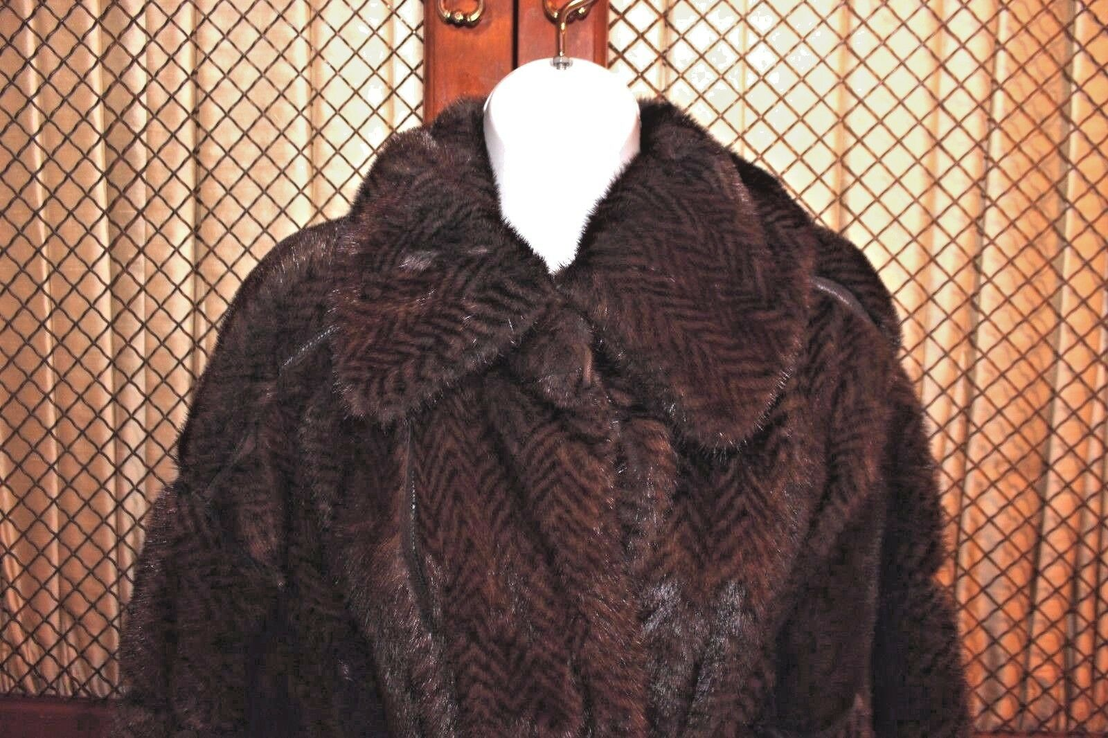 Fendi  Mink  Oversize Oversize Oversize Coat Brown Size  6 US  Gently Worn dc1643