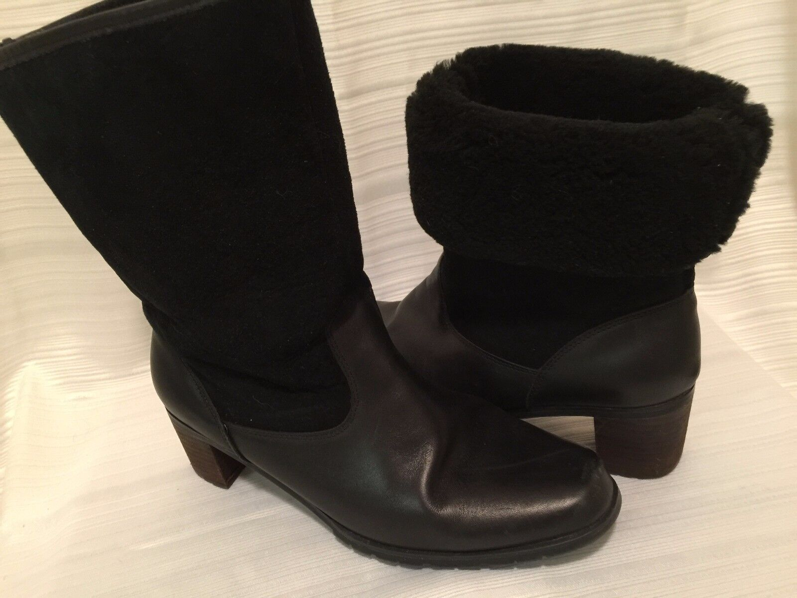 "Boots 9.5 M Waterproof Black Leather Brilliant Lined 2"" Heel Mid Calf Up Down"